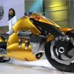 yellow suzuki bikes picture
