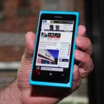 BGR nokia lumia 800 top