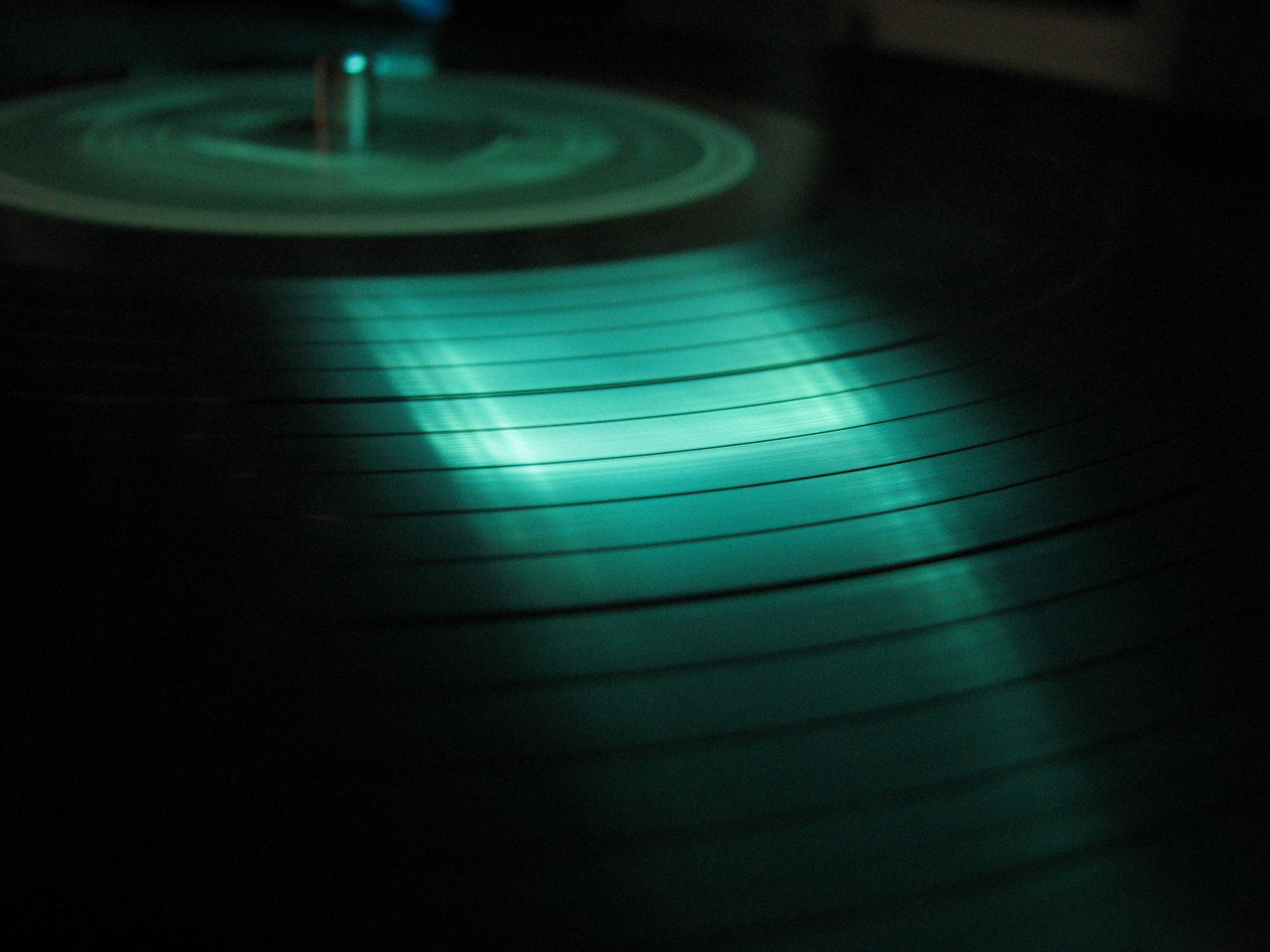 vinyl records pc wallpaper