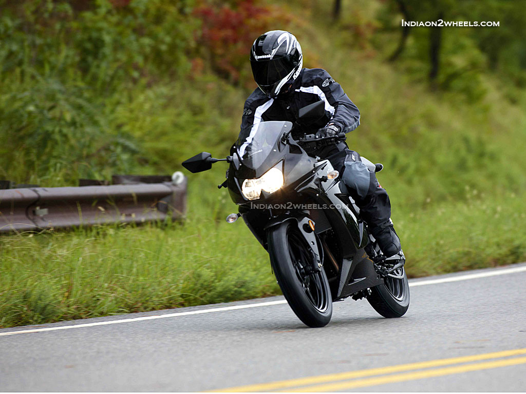 Free Kawasaki Ninja 250r Black