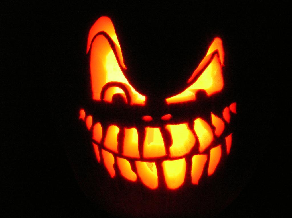 download wallpaper of halloween