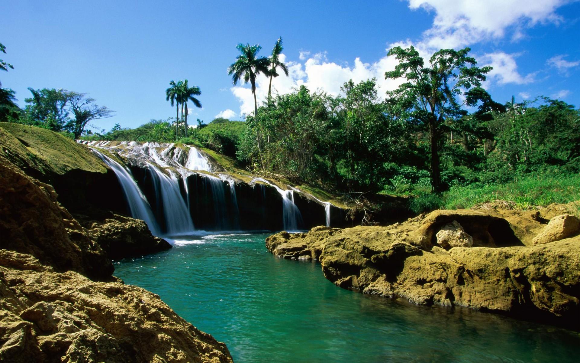 amazing waterfall wallpaper