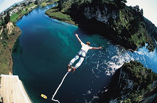 art bungee jumping image