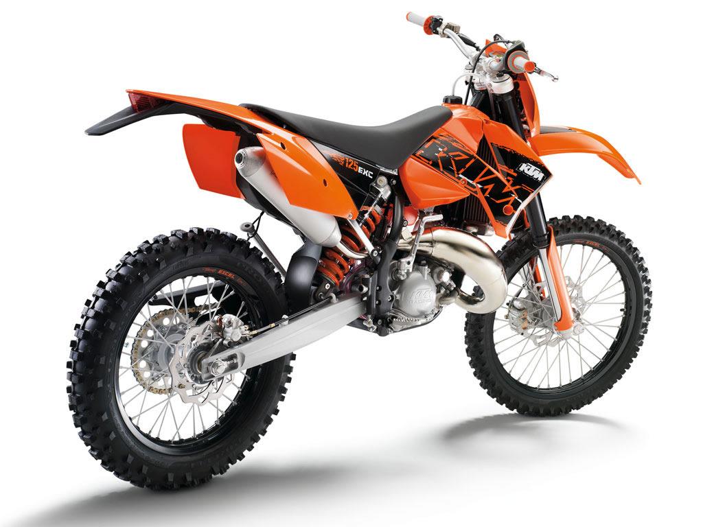 nice KTM suzuki bike