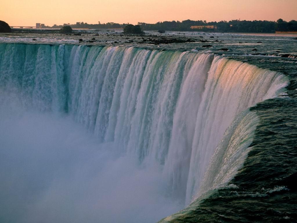 niagara falls canada background