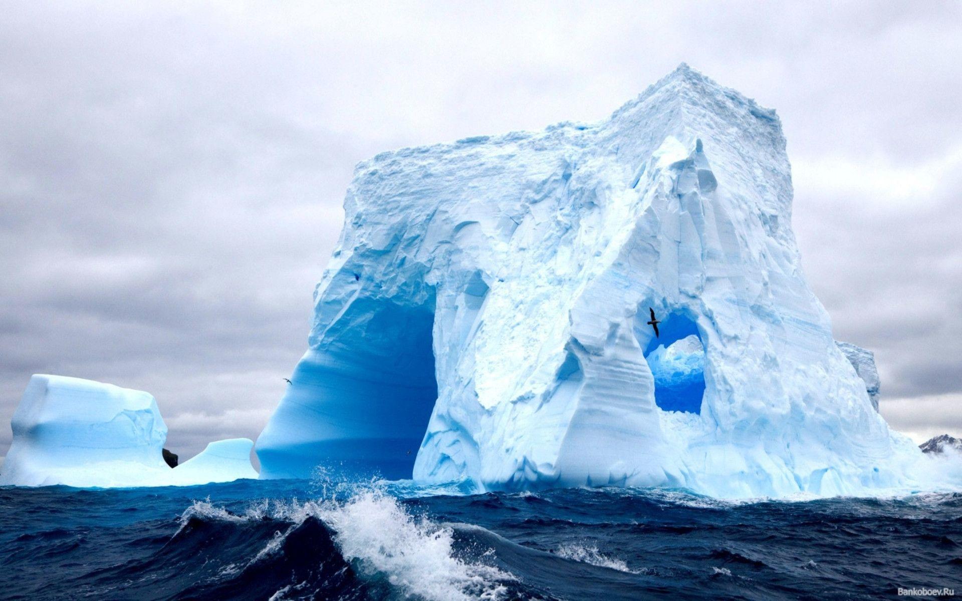 white hd iceberg image