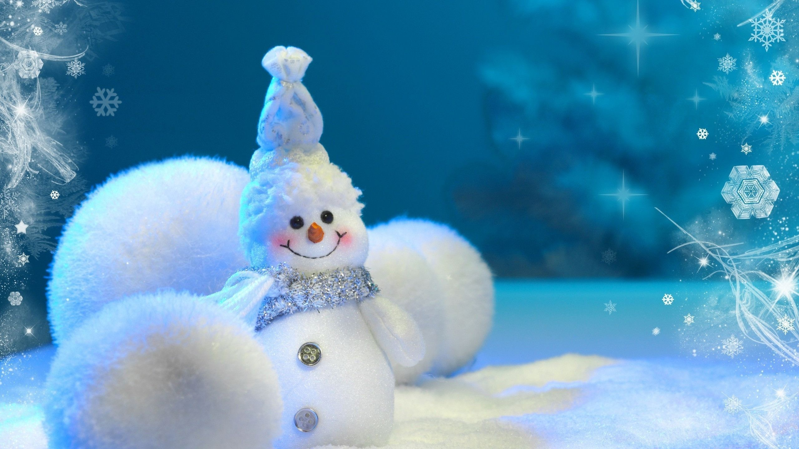 beautiful natural snowman image