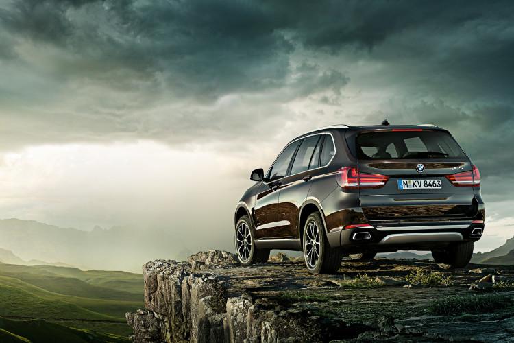 beautiful car BMW X5 image