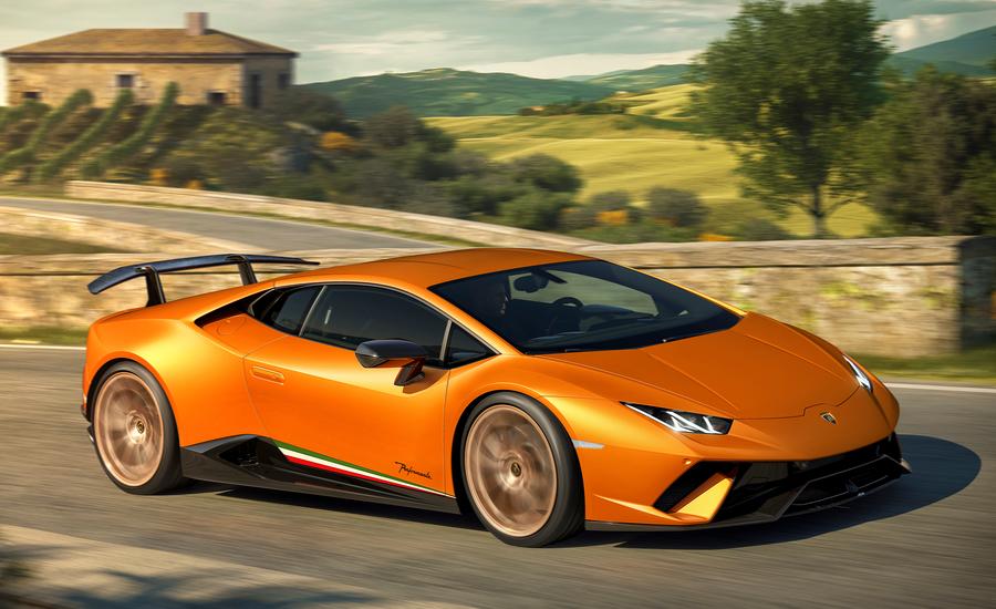 orange Lamborghini Huracan 2018