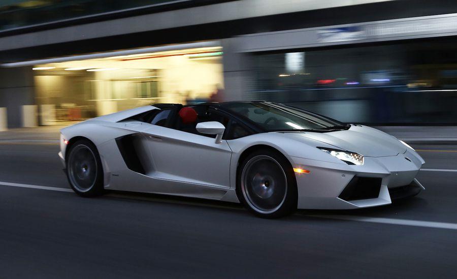 so nice Lamborghini Aventador image