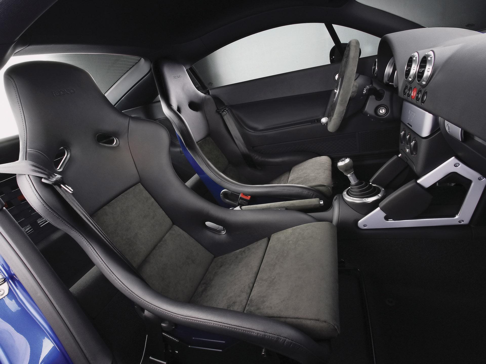 2005 Audi TT Quattro Interior