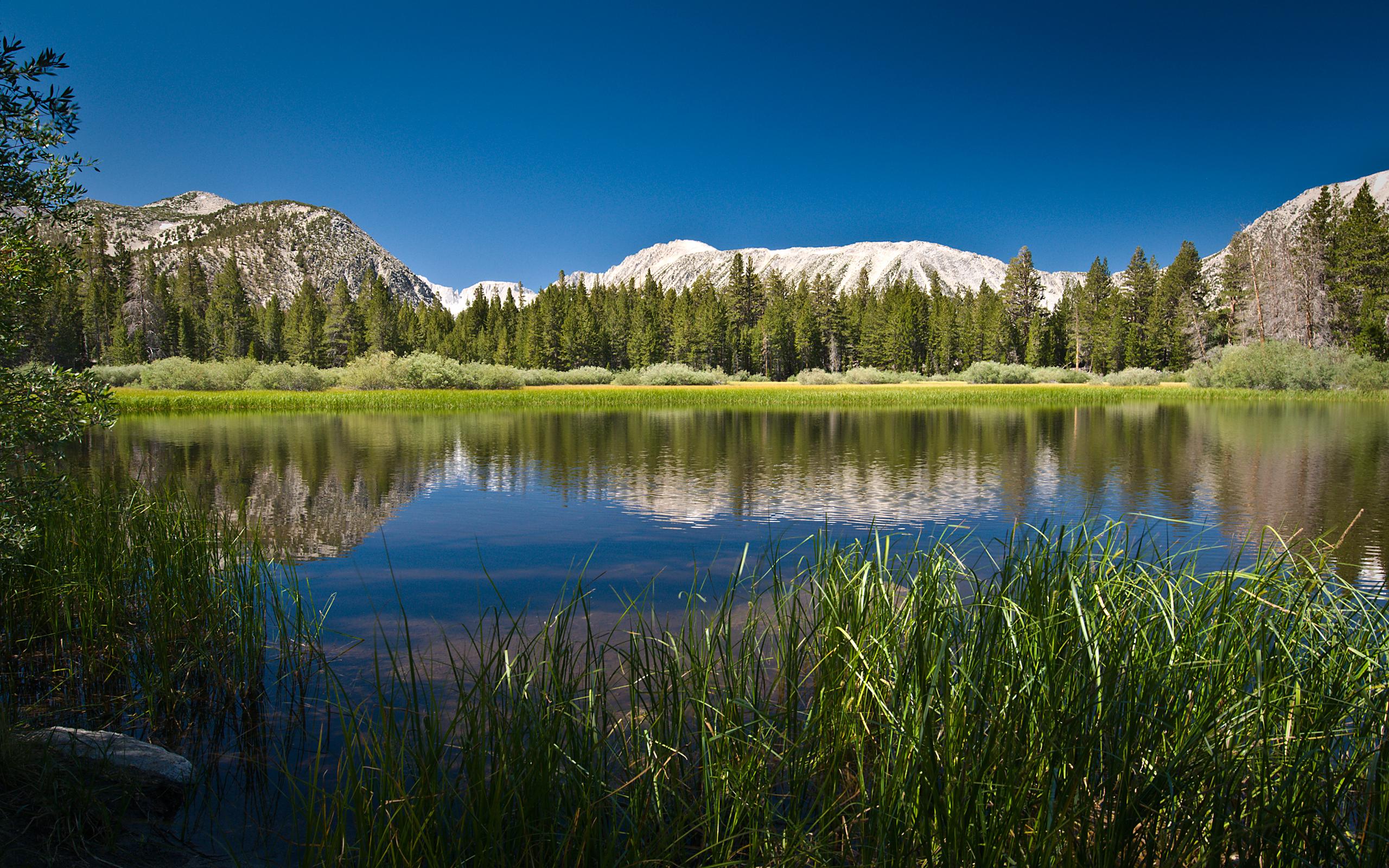 widescreen HD Lake Wallpaper