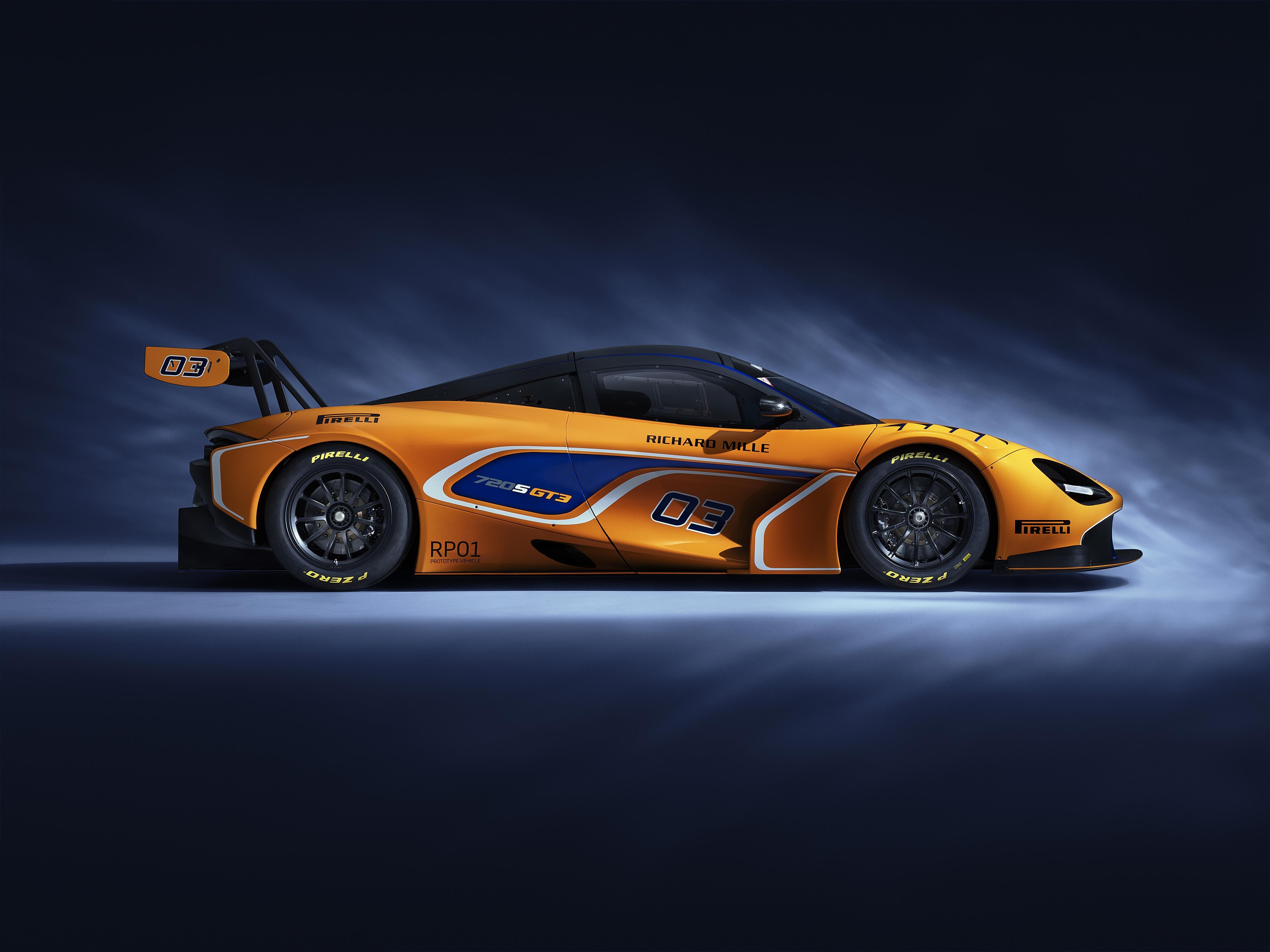 free McLaren 720S GT3