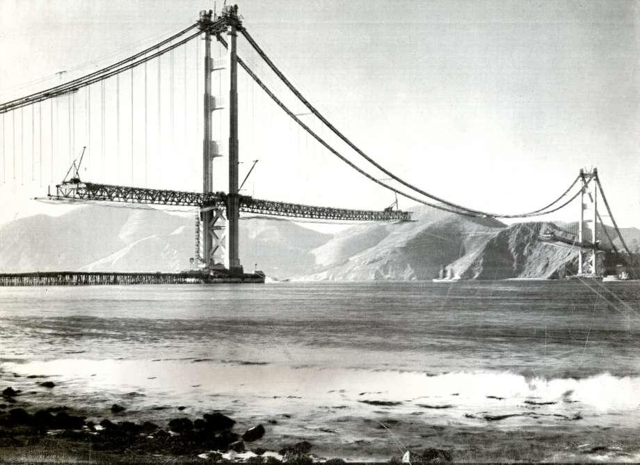 full top Golden Gate Bridge