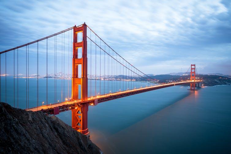 stunning Golden Gate Bridge