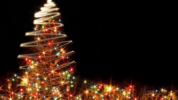 digital tree HD Christmas Wallpapers
