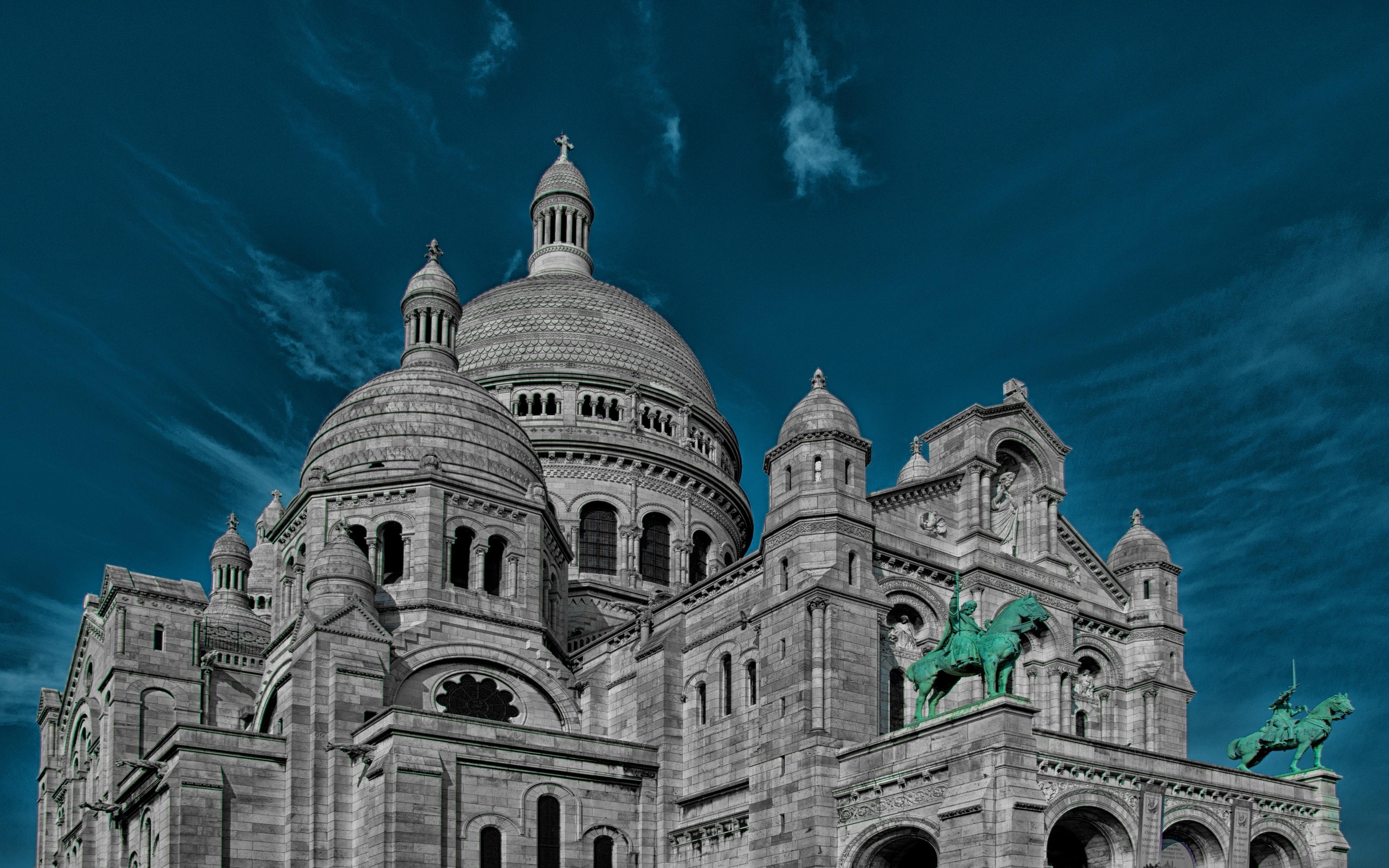 church Paris Wallpaper 4K