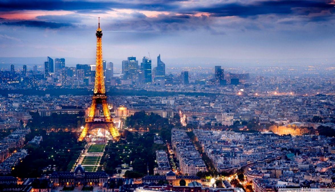night Paris Wallpaper 4K