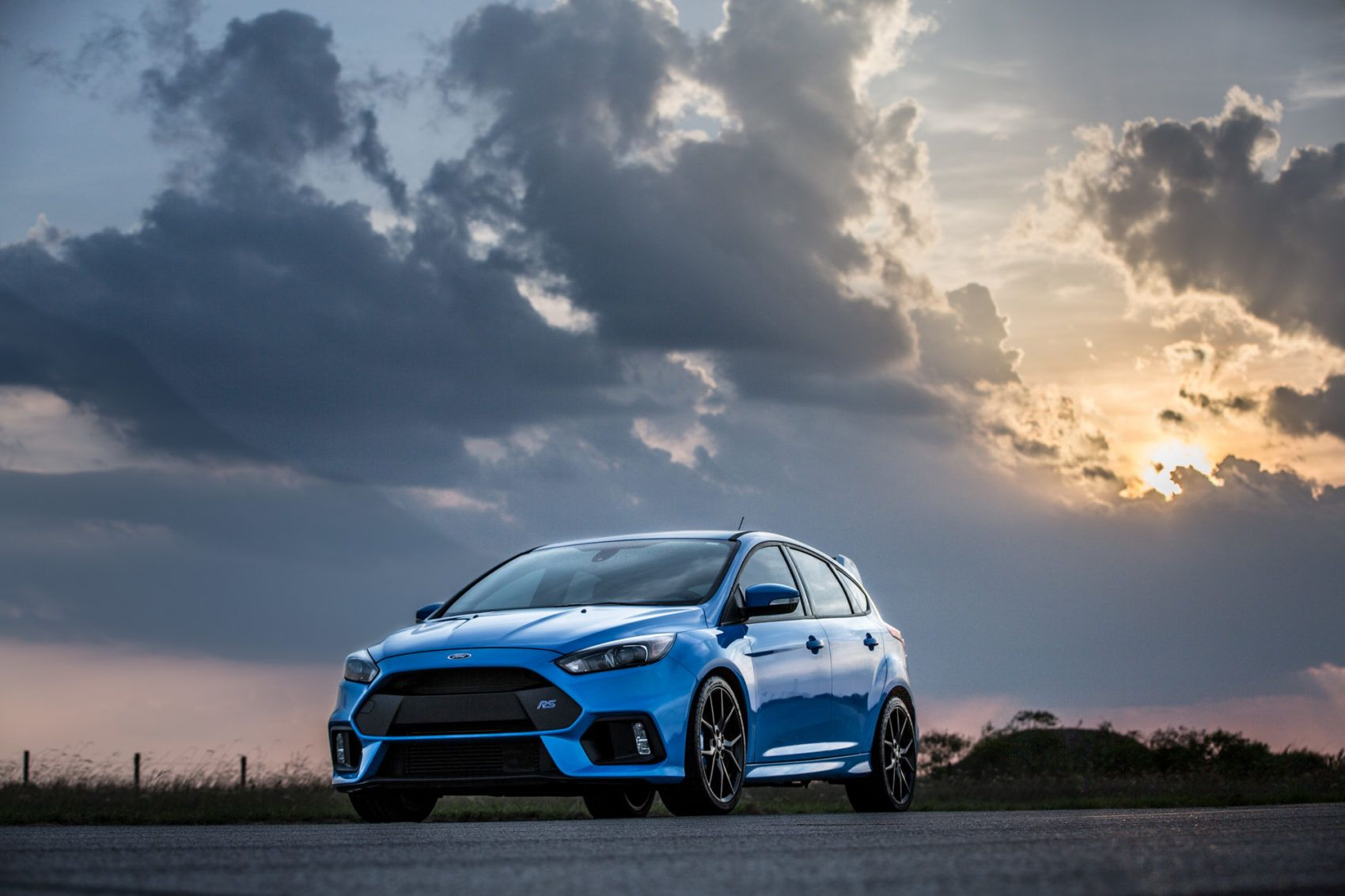 blue car Ford Focus ST Wallpaper