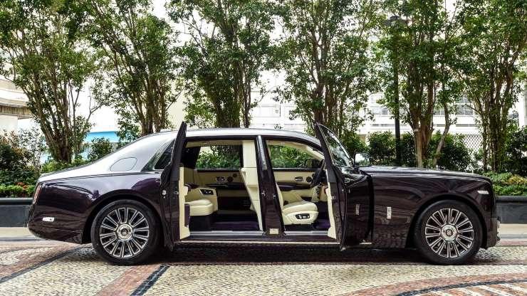 awesome Rolls-Royce Phantom image