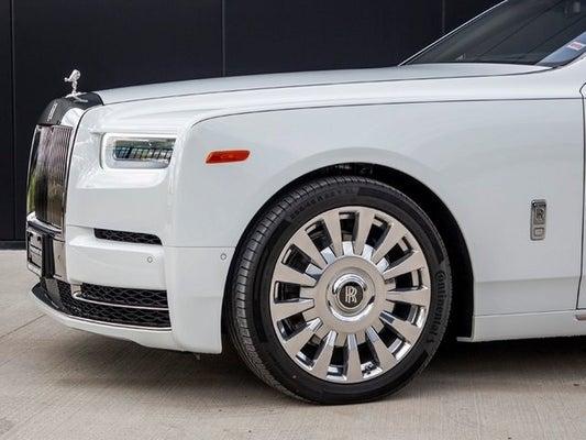 white car Rolls-Royce Phantom