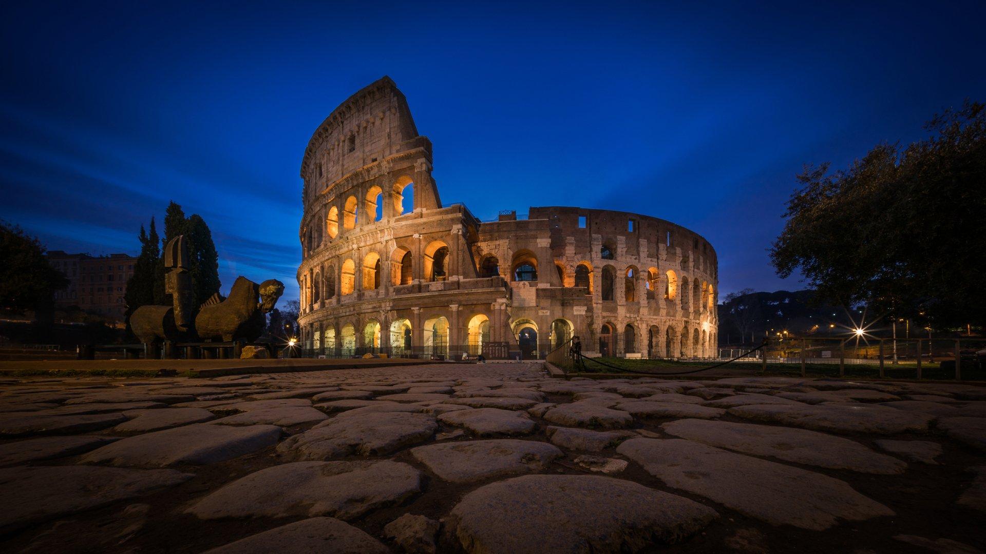 stones Colosseum Wallpaper