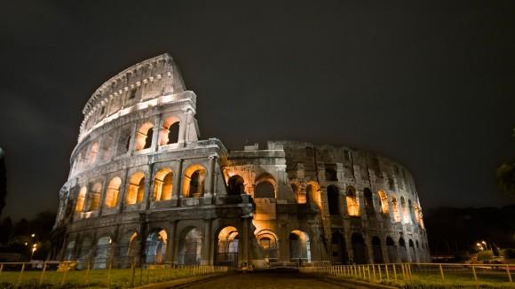 widescreen Colosseum Wallpaper