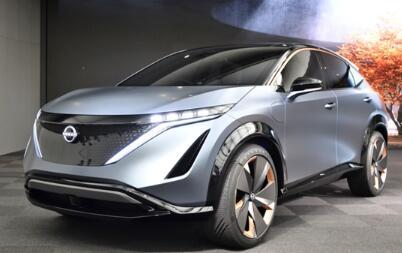 grey car Nissan Ariya Interior Images