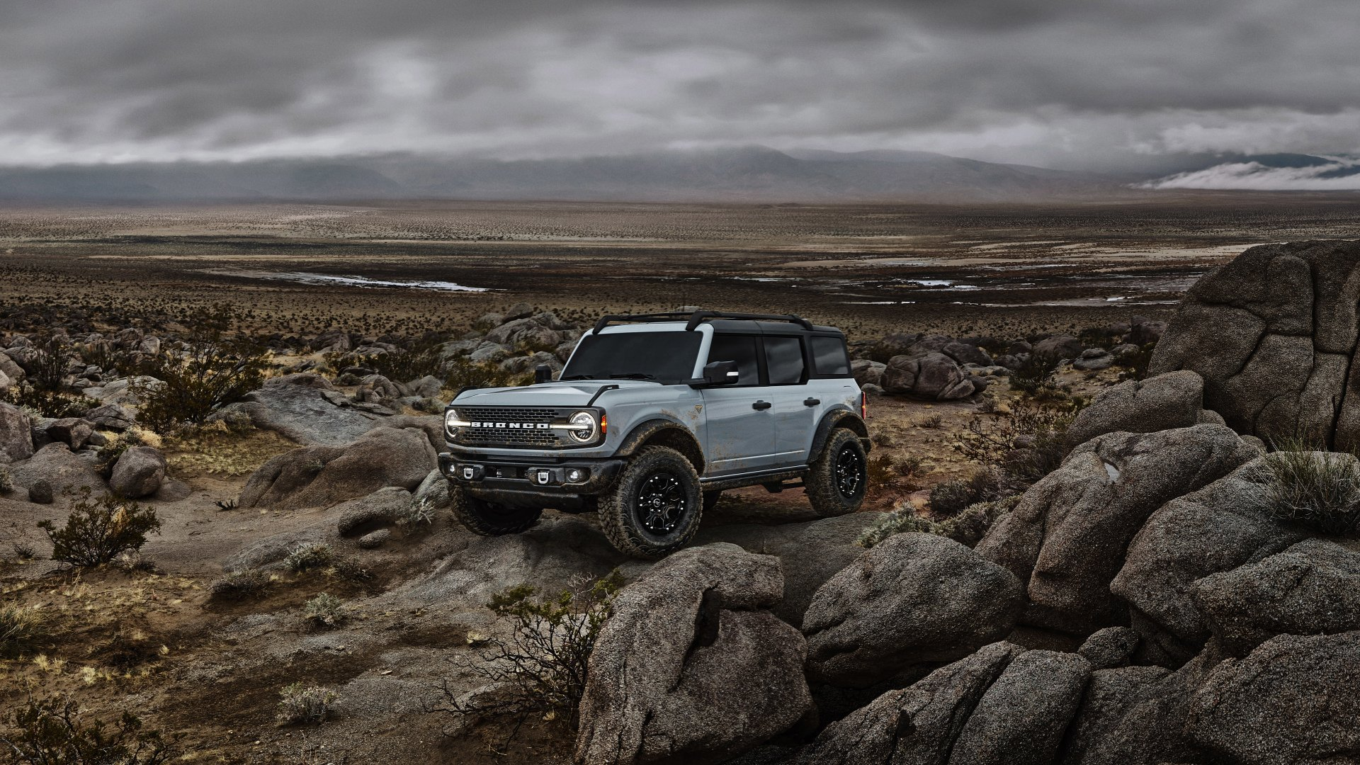 grey car Ford Bronco Wallpaper