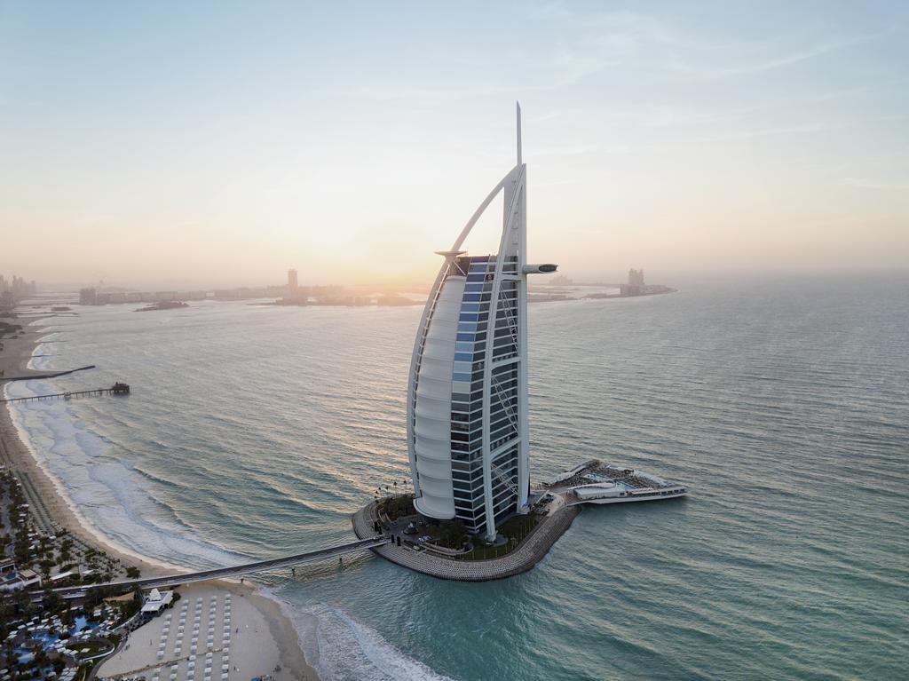 awesome natural Burj Al Arab Hotel