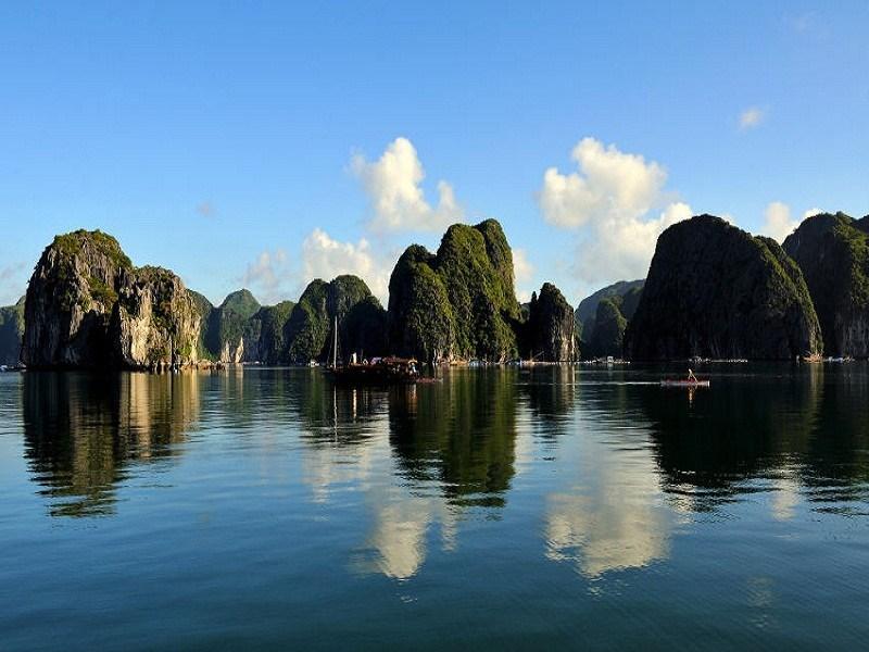 stunning Ha Long Bay Images for desktop
