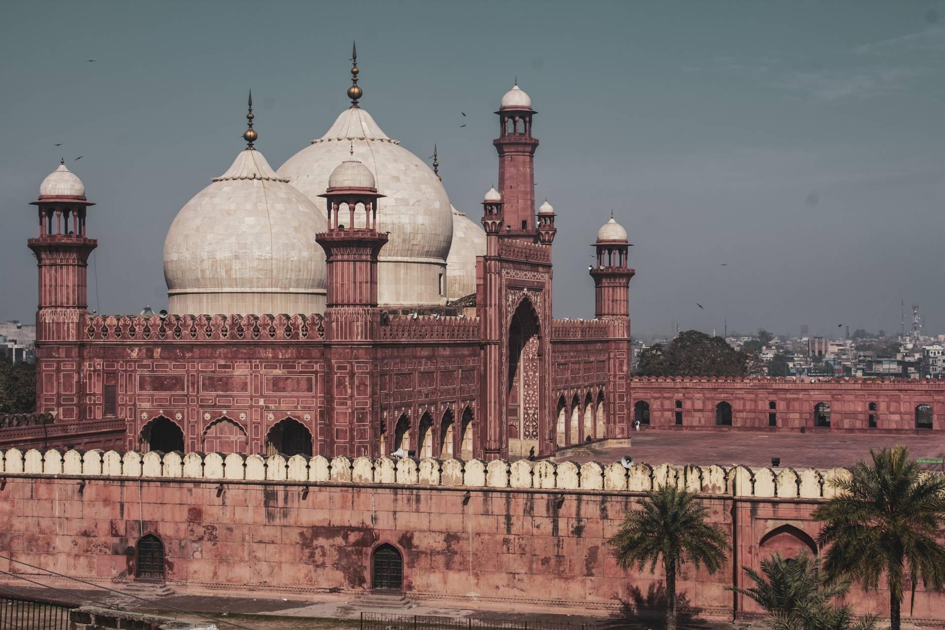 wonderful look Badshahi Mosque Wallpaper