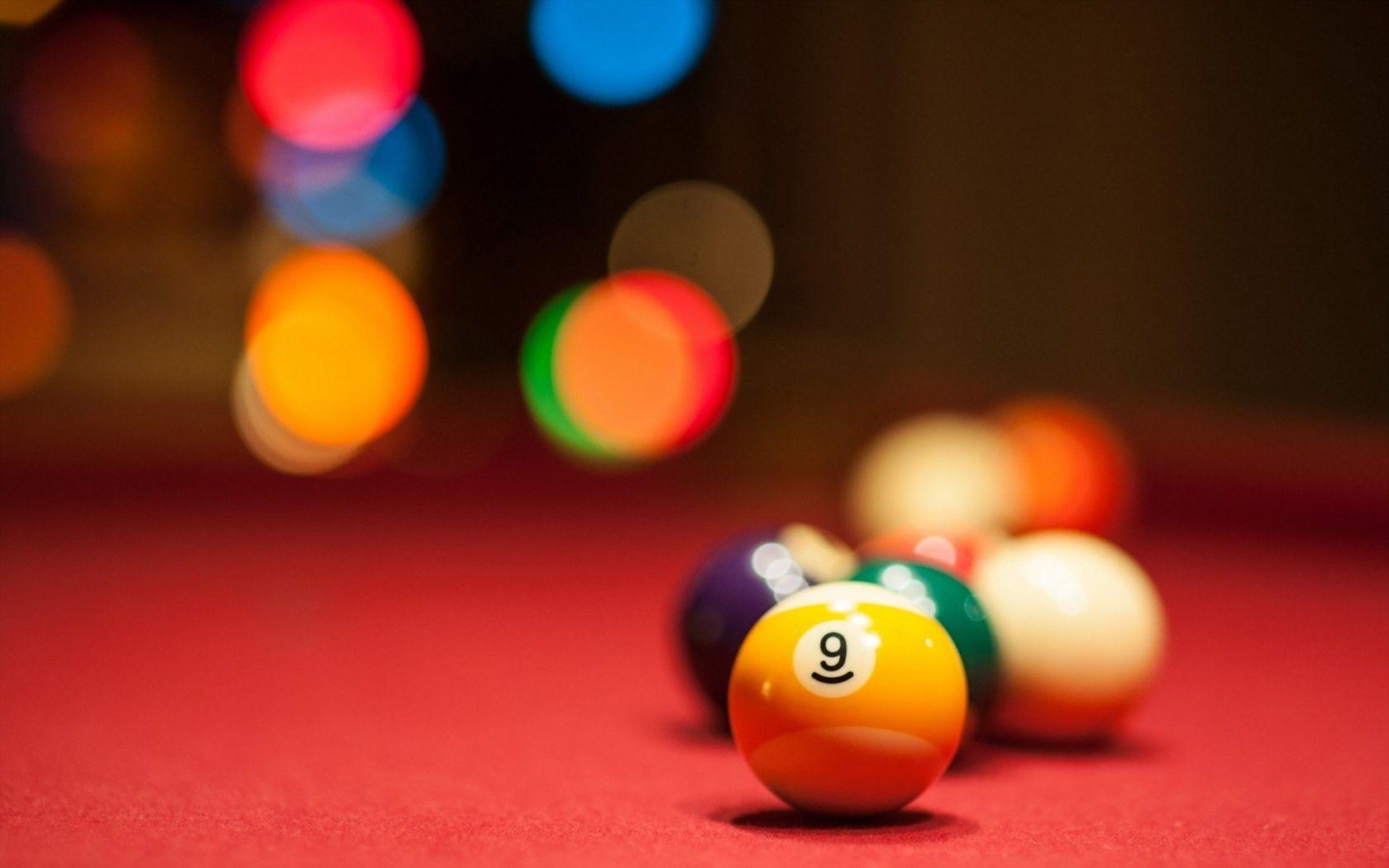 3D Billiard Balls Wallpaper