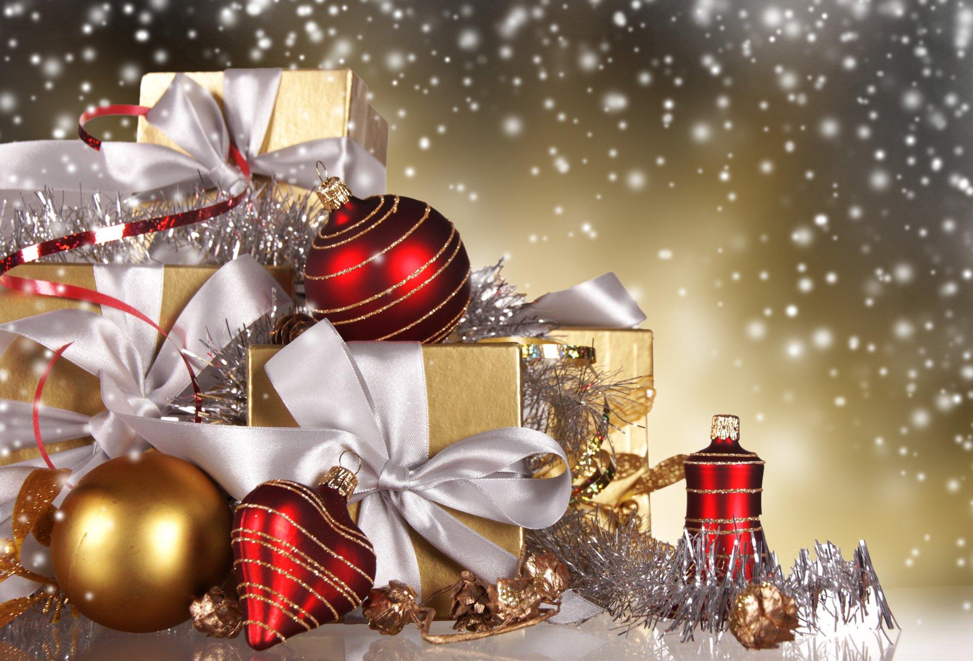 beautiful gifts Christmas Wallpaper 4K