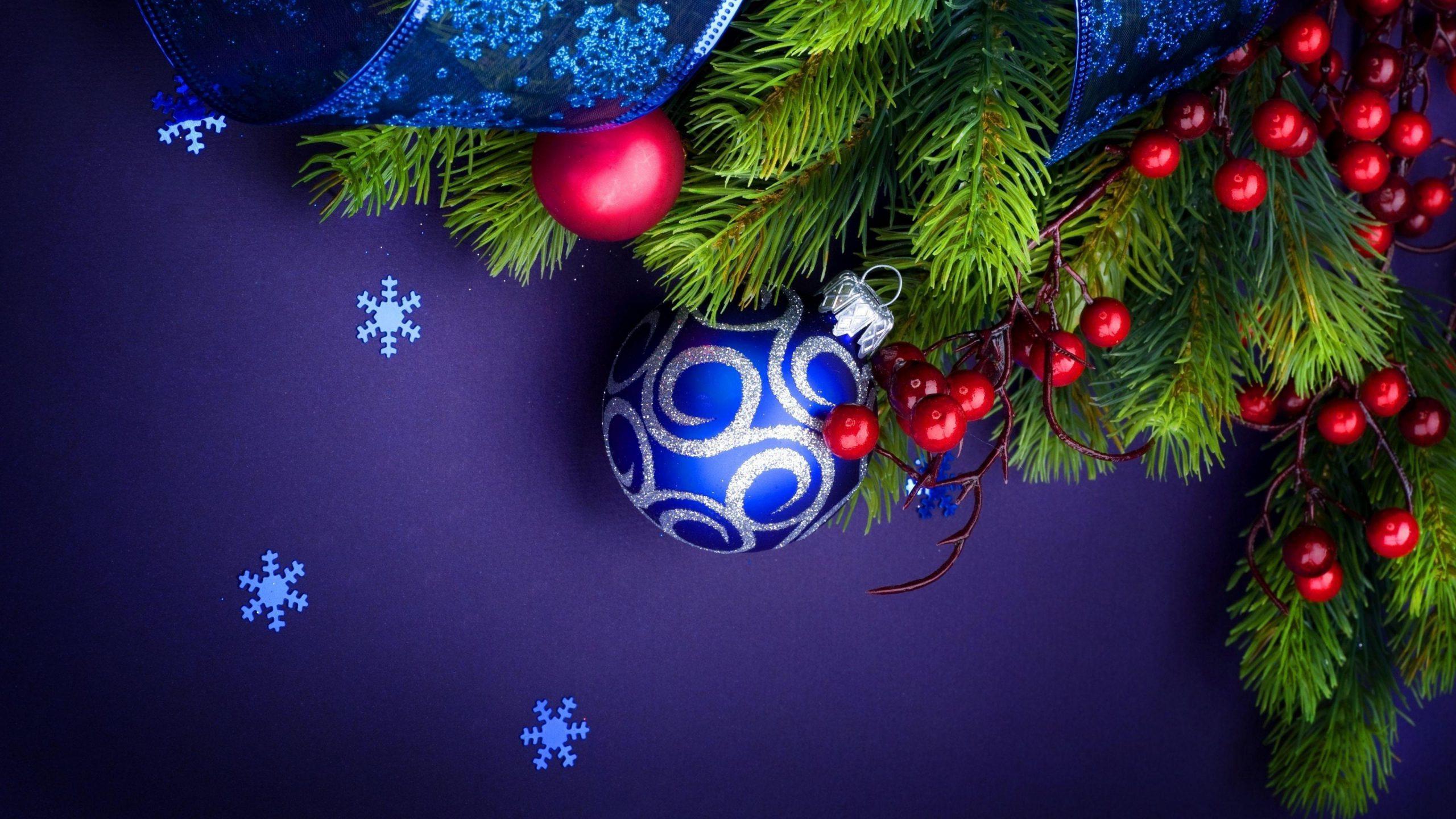 blue ball Christmas Wallpaper 4K