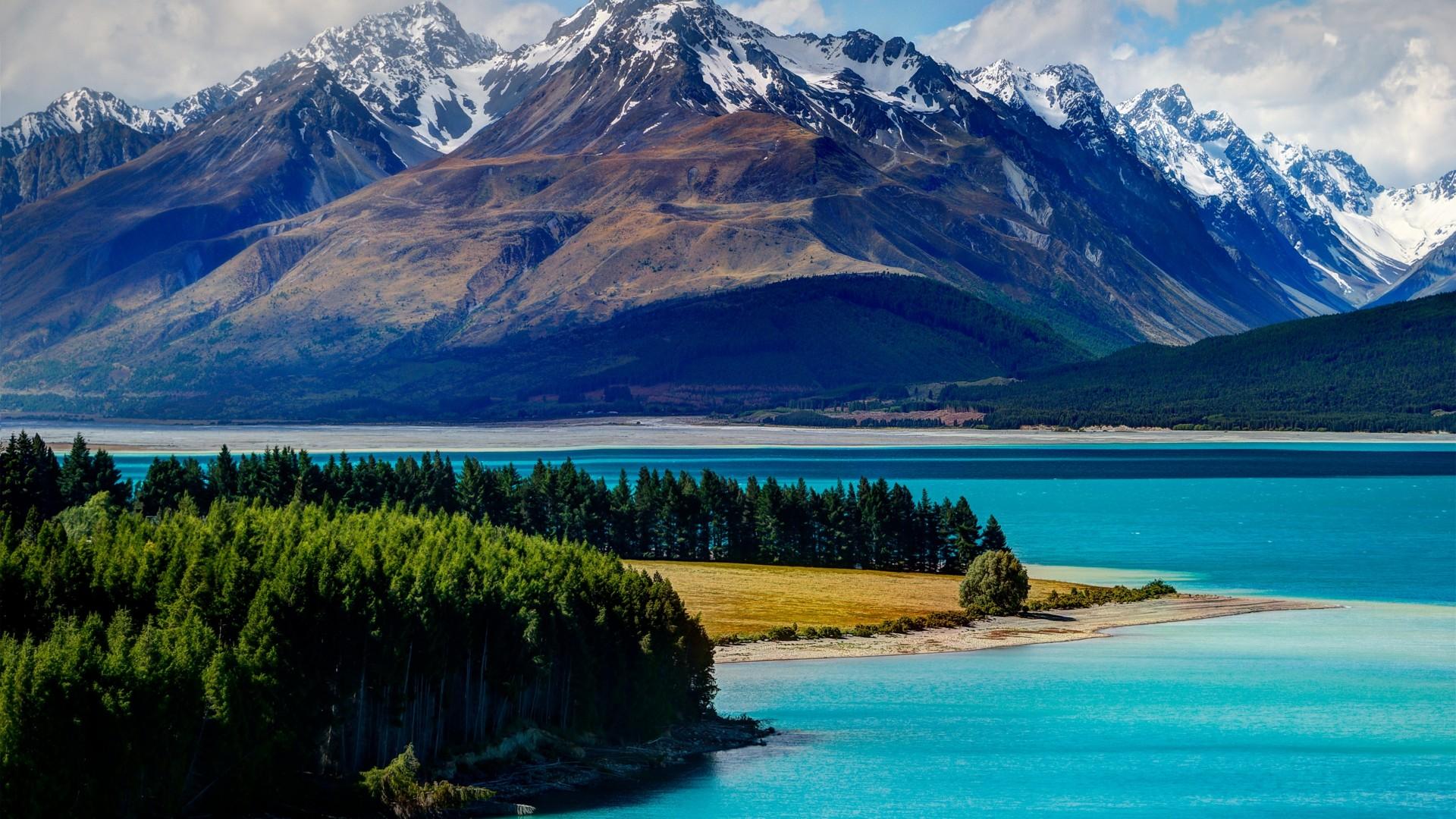 mountain Lake Tekapo Wallpaper