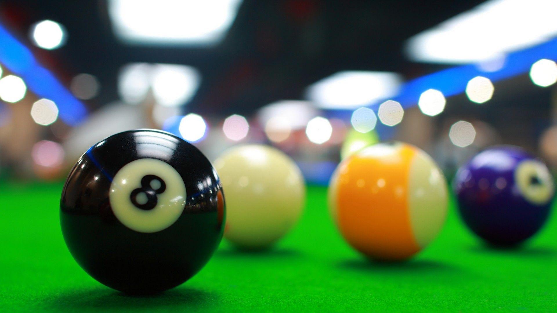 top Billiard Balls Wallpaper
