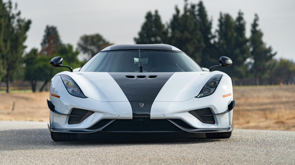 front side Koenigsegg Regera