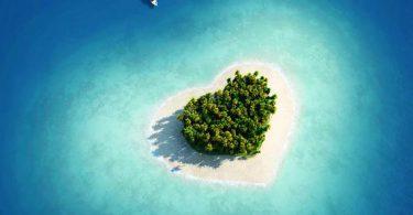full top Beautiful Island Wallpaper