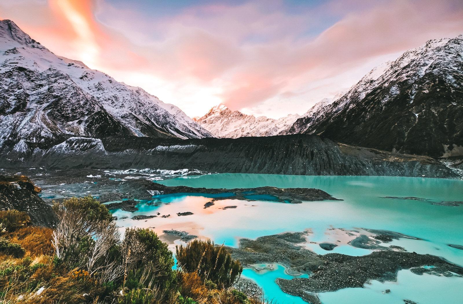Beautiful Mount Cook National Park