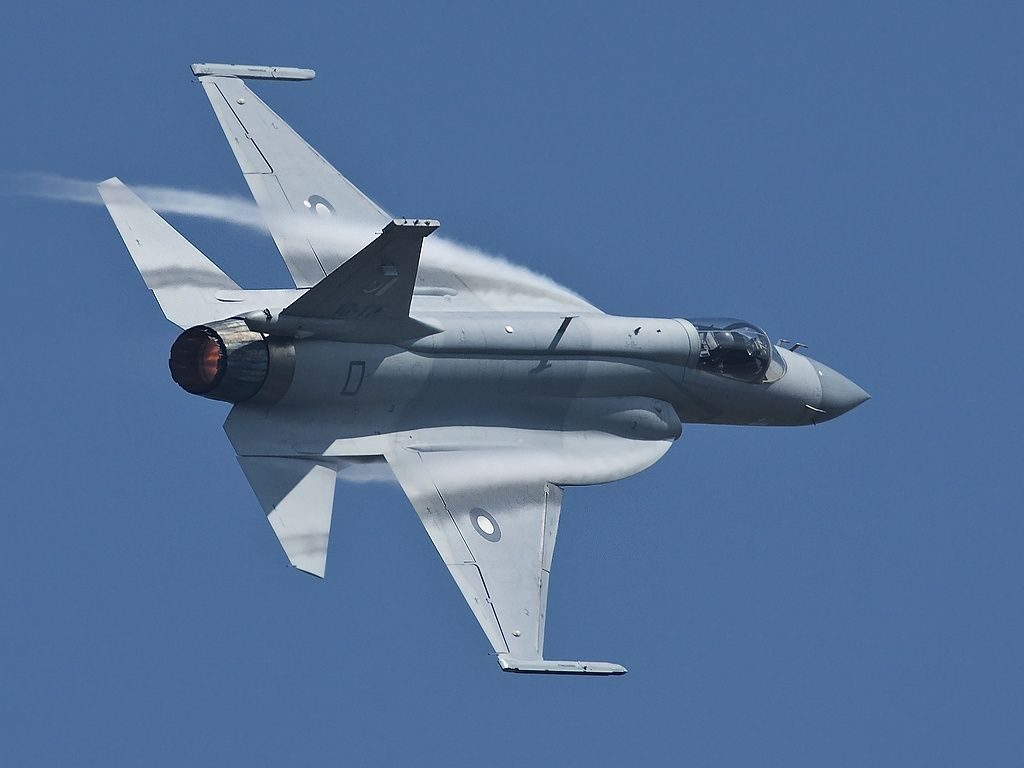 free Chengdu JF-17 Wallpaper