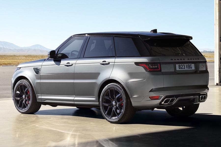 full top Range Rover Sport SVR Carbon image