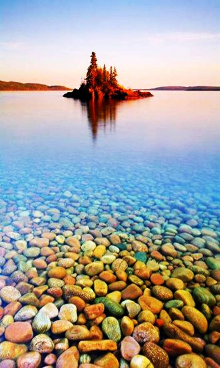 stone Lake Superior Wallpaper
