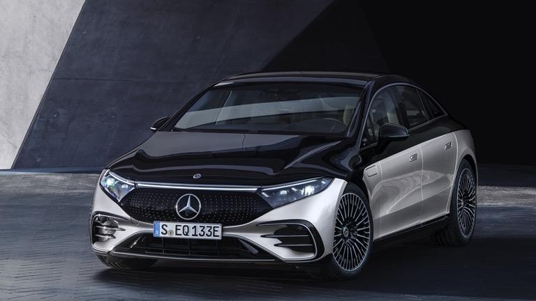full top Mercedes-Benz EQS 450+ image