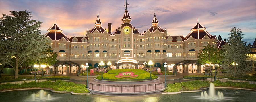 wallpaper of Disneyland Hotel Images