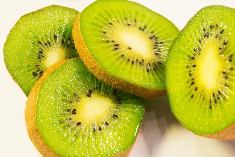 cut piece Kiwi Fruit Images