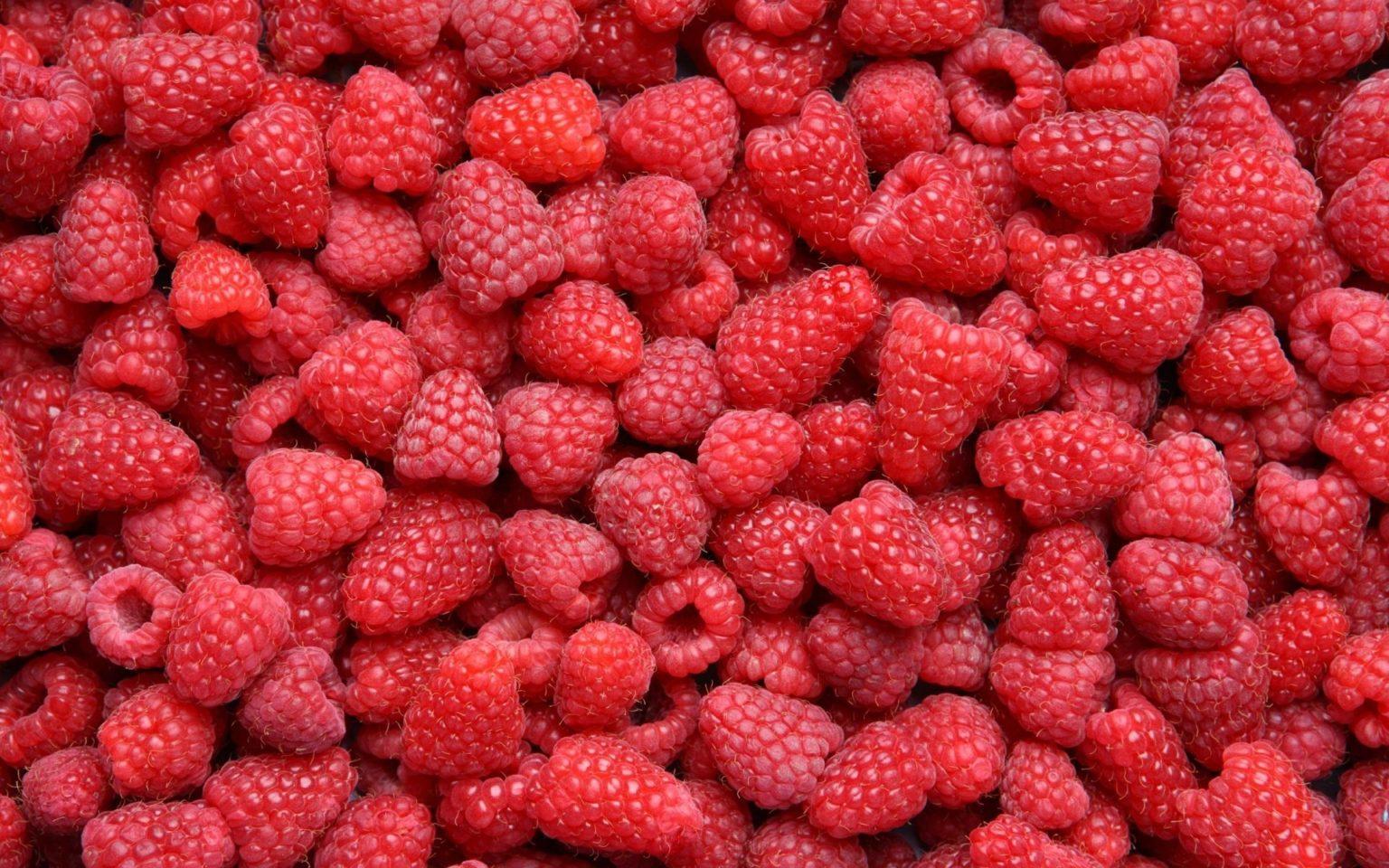 full top Raspberries Wallpaper