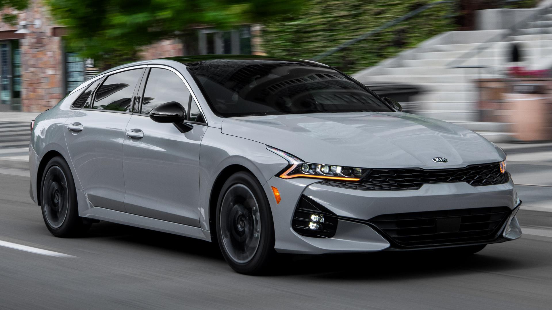 grey car Kia K5 GT-Line image
