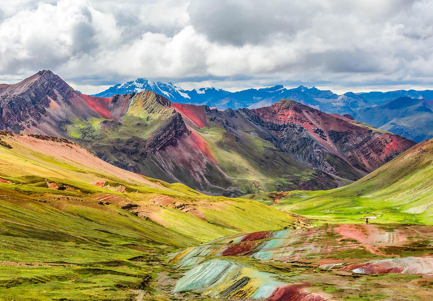 wallpaper of Rainbow Mountains