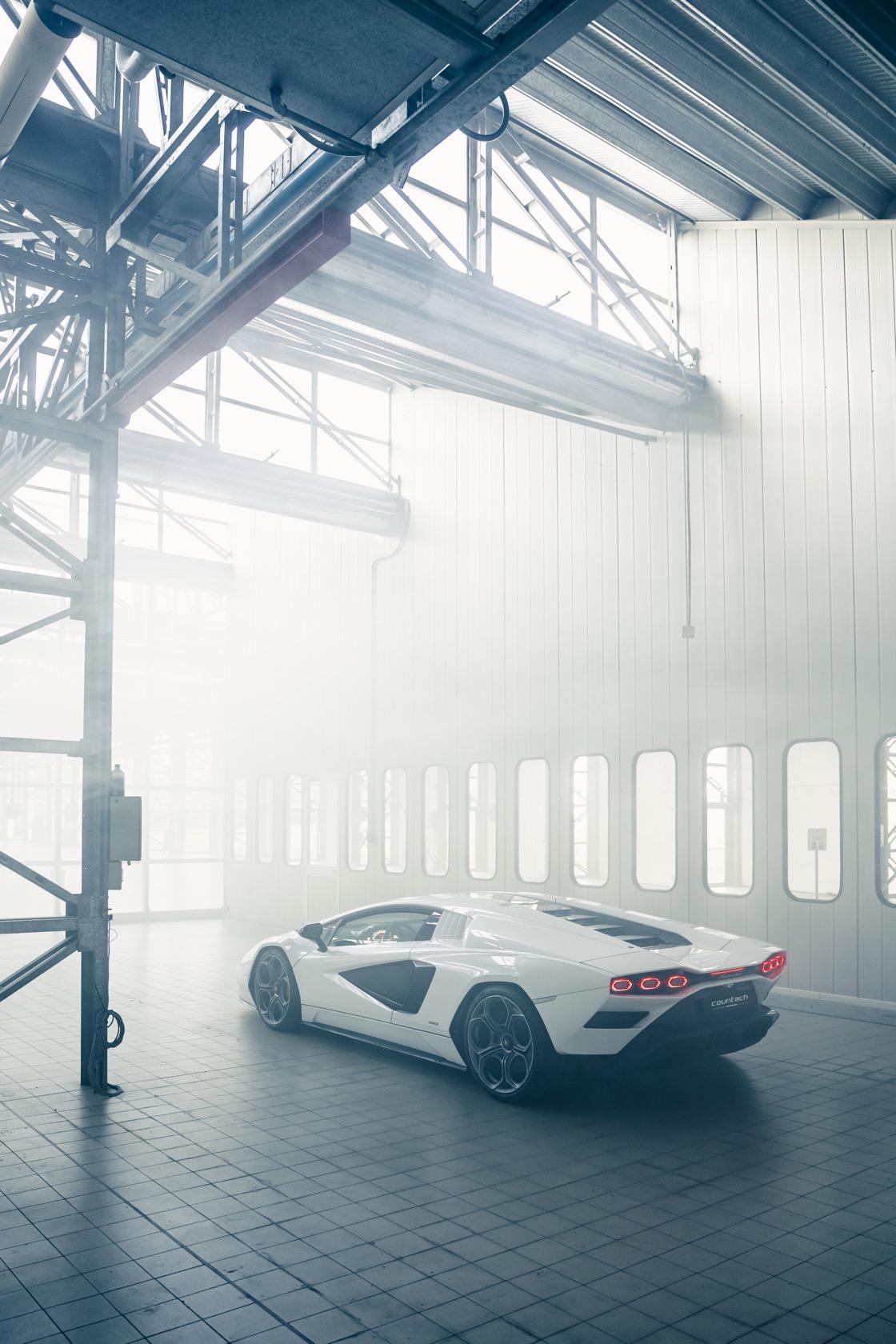 wonderful model Lamborghini Countach Lpi 800